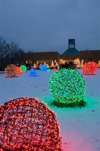 Outdoor Christmas Light Balls  15 Beautiful Christmas Outdoor Lighting DIY Ideas