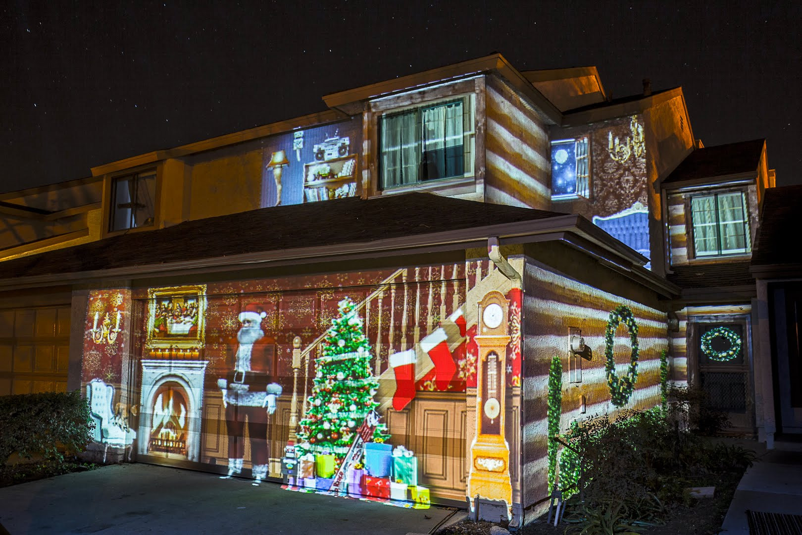 Outdoor Christmas Light Projector  What to look for when ing Holiday outdoor projector