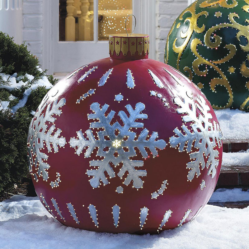 Outdoor Christmas Ornaments  Massive Outdoor Lighted Christmas Ornaments