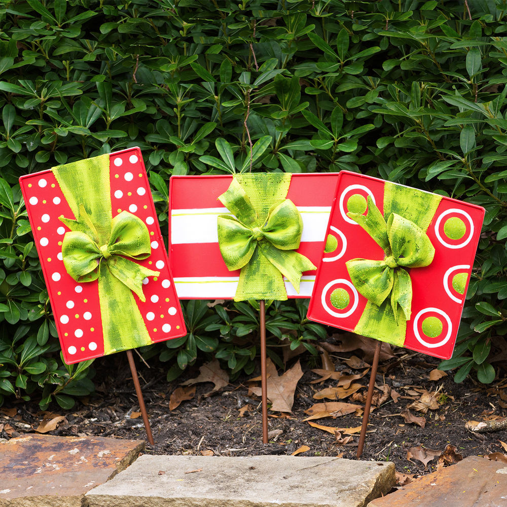 Outdoor Christmas Ornaments  Christmas Gift Box Door Decoration and Lawn Ornaments Set