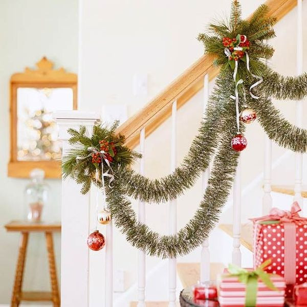 Staircase Christmas Decorations  Decorate The Stairs For Christmas – 30 Beautiful Ideas