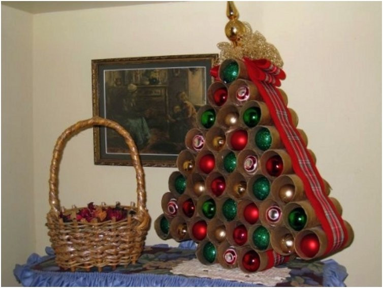 Toilet Paper Roll Christmas Crafts  20 Festive DIY Christmas Crafts From Toilet Paper Rolls