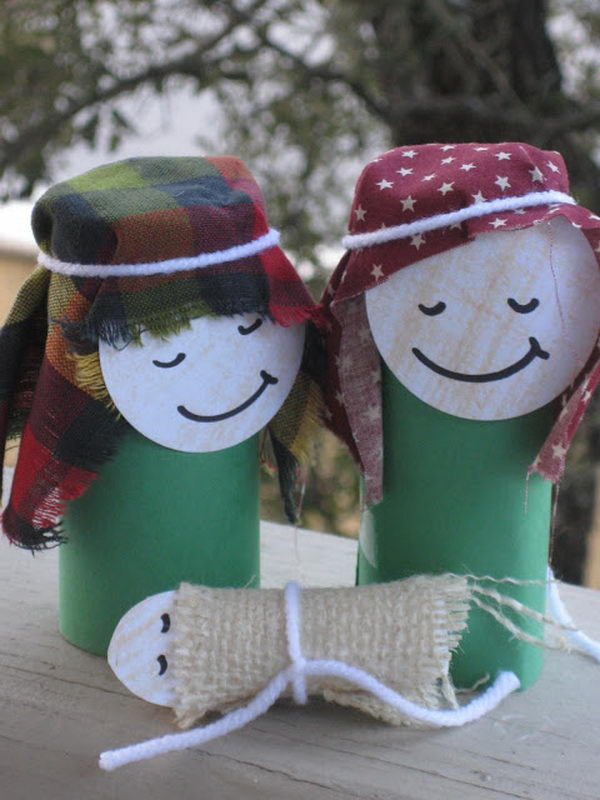 Toilet Paper Roll Christmas Crafts  Top 40 Christmas Art And Craft Ideas For The Kids