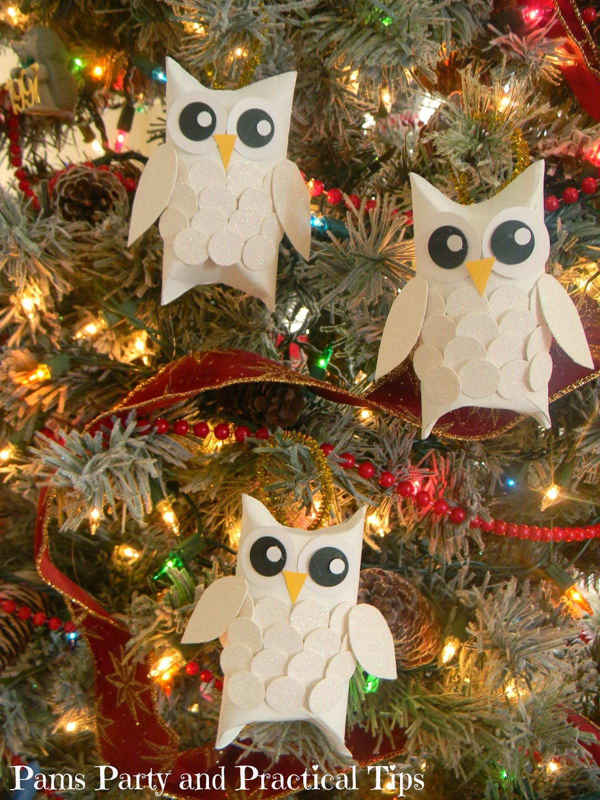 Toilet Paper Roll Christmas Ornaments  20 Christmas Decorations Made From Toilet Paper Rolls