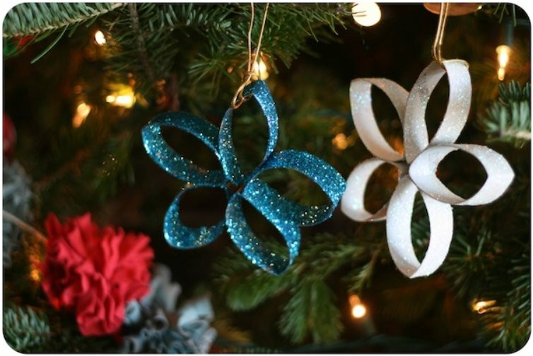 Toilet Paper Roll Christmas Ornaments  20 Festive DIY Christmas Crafts From Toilet Paper Rolls